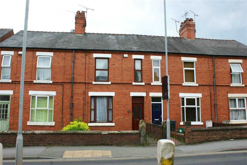 3 Bedrooms Terraced House for sale in Ruabon Road, Wrexham, LL13