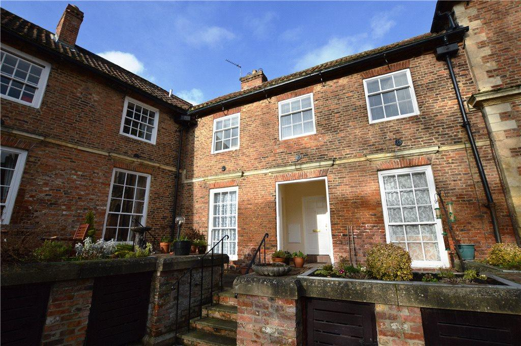 1 Bedroom Retirement Property for sale in Stansfield Court, Church Street, Goldsborough, Knaresborough
