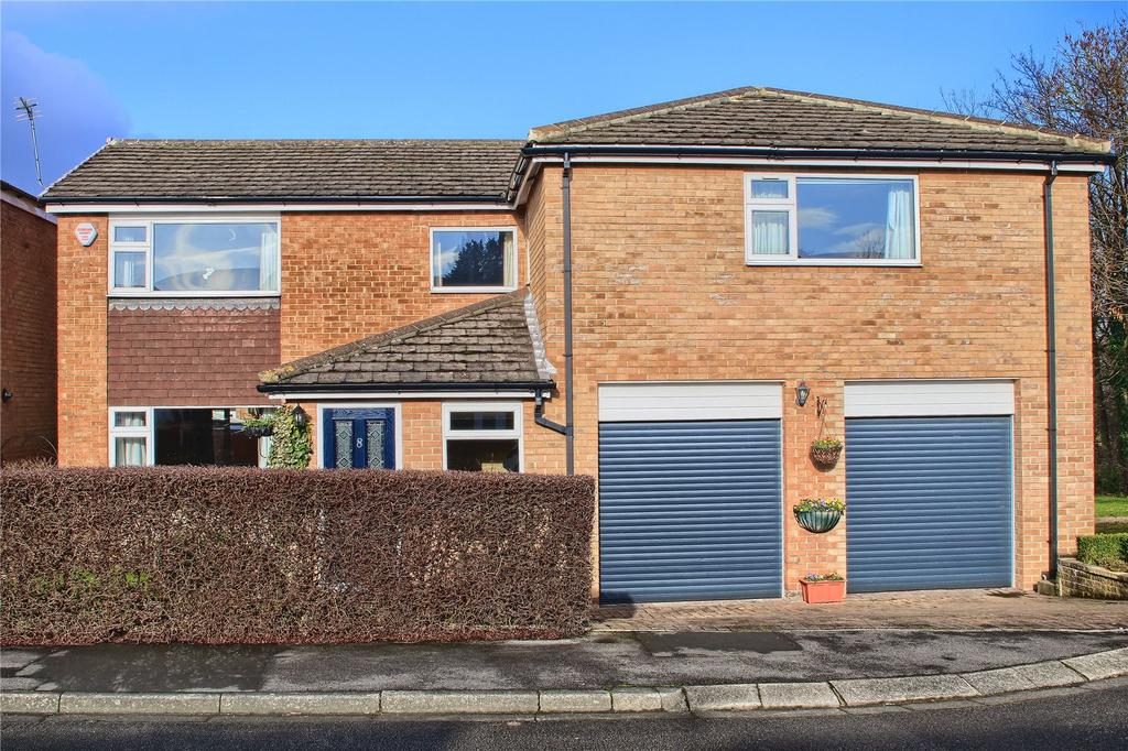 5 Bedrooms Detached House for sale in Cutler Close, Marton