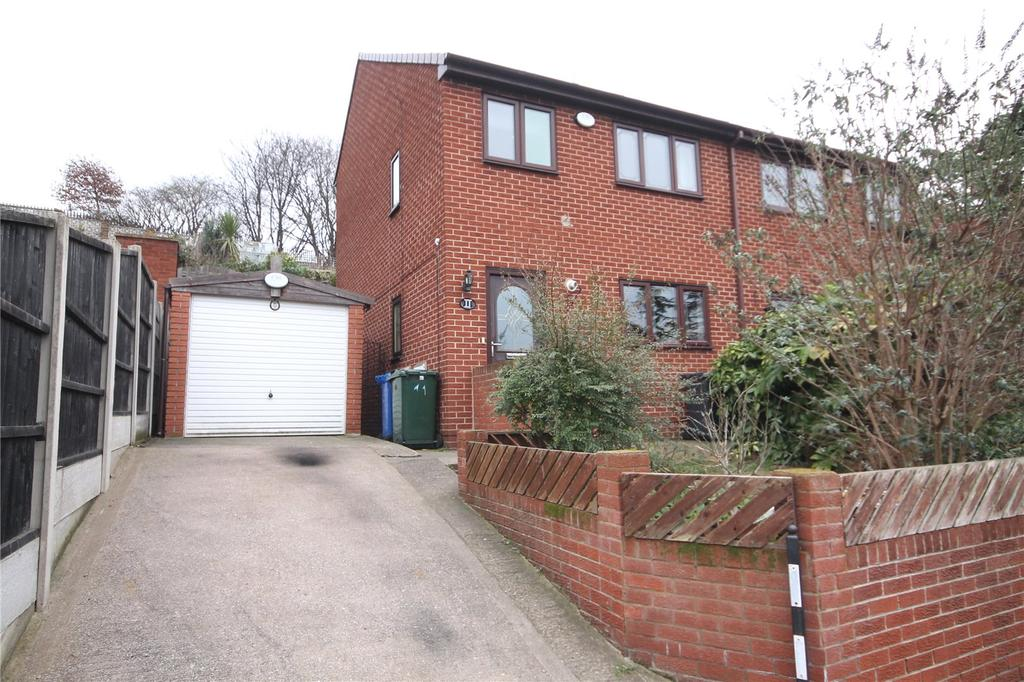 3 Bedrooms Semi Detached House for sale in Thoresby Avenue, Barnsley, South Yorkshire, S71