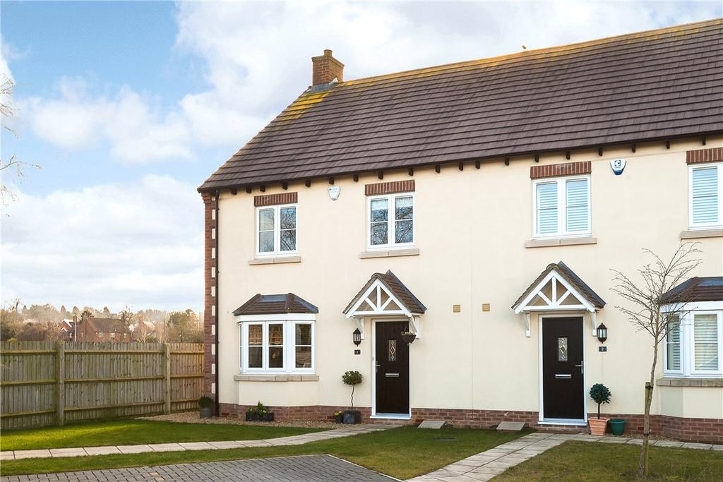 4 Bedrooms Semi Detached House for sale in Hewers Close, Wanborough, Swindon, Wiltshire, SN4