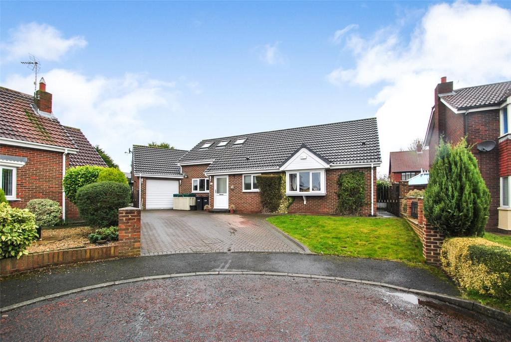 3 Bedrooms Detached Bungalow for sale in Parklands Court, Seaham, Co. Durham, SR7