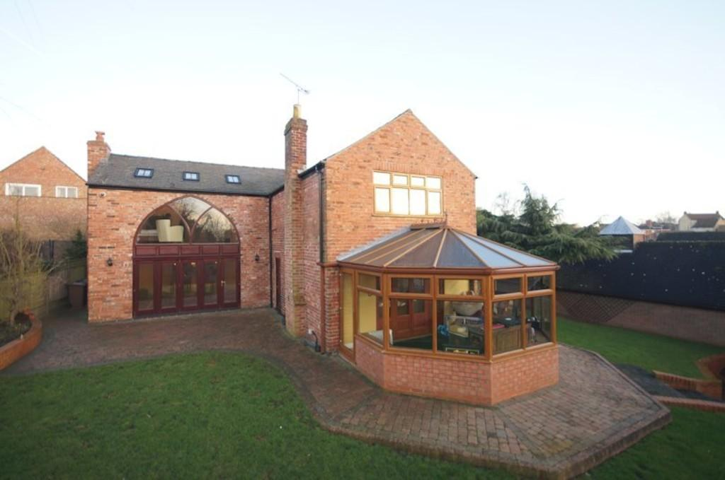 4 Bedrooms Detached House for sale in Tenter Lane, Navenby