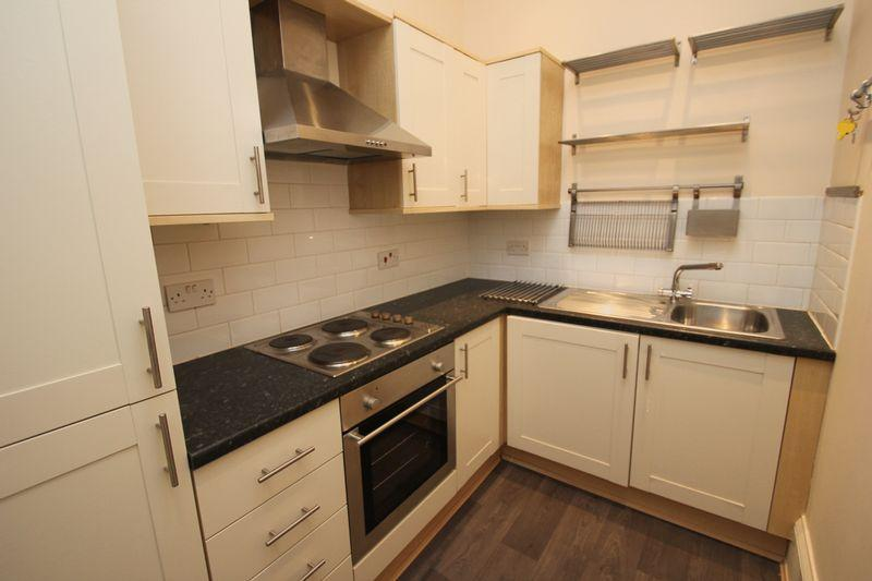 2 Bedrooms Apartment Flat for sale in Prospect Hill, Redditch