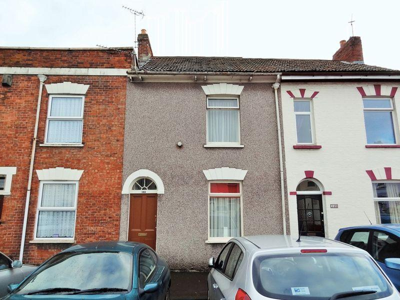 2 Bedrooms Terraced House for sale in St John Street, Bridgwater