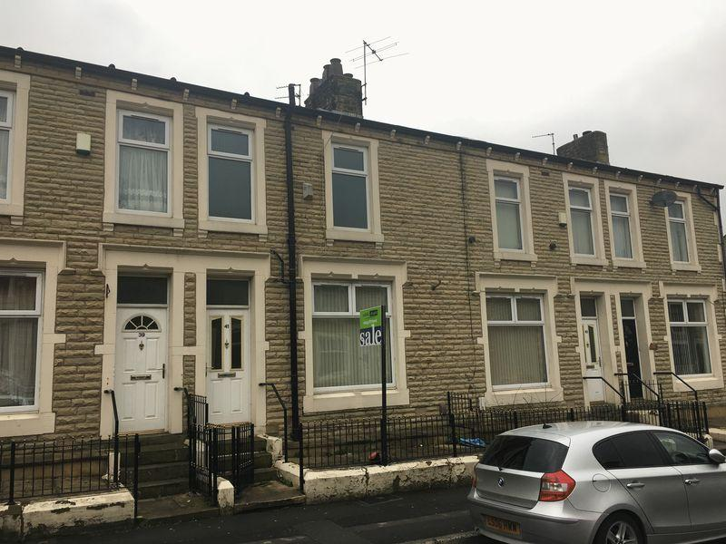 2 Bedrooms Terraced House for sale in Park Road, Accrington