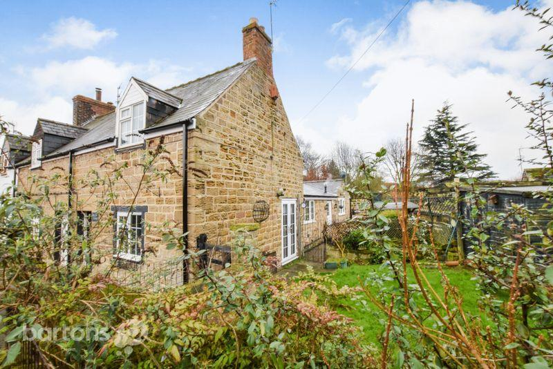 3 Bedrooms Semi Detached House for sale in Hooton Lane, Ravenfield, Rotherham