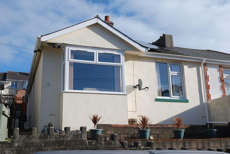 3 Bedrooms Semi Detached Bungalow for sale in Berea Road, Torquay