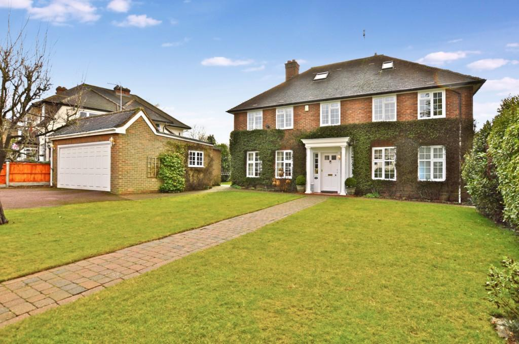 5 Bedrooms Detached House for sale in Greville Park Road, Ashtead, KT21