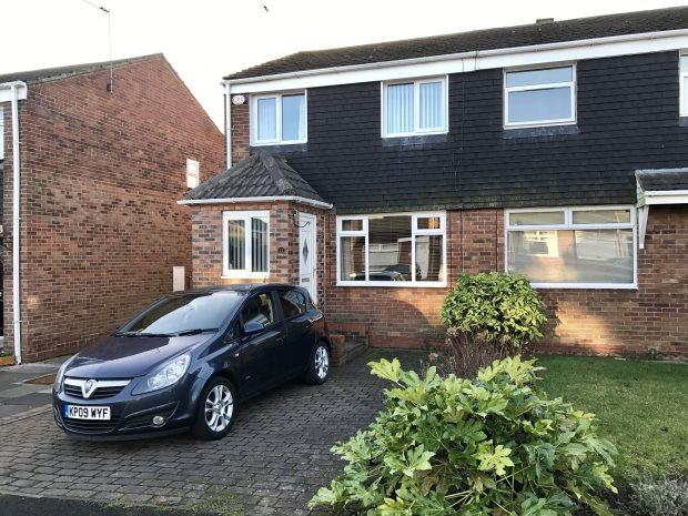 3 Bedrooms Semi Detached House for sale in DEERNESS HEIGHTS, BRANDON, DURHAM CITY : VILLAGES WEST OF