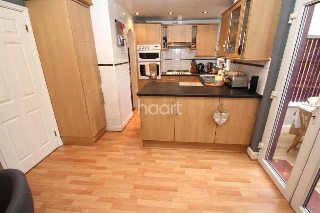2 Bedrooms Semi Detached House for sale in Clarence Road, Enderby
