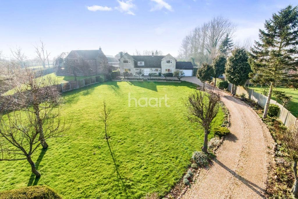 4 Bedrooms Detached House for sale in The Rise, Plough Hill, Potterhanworth
