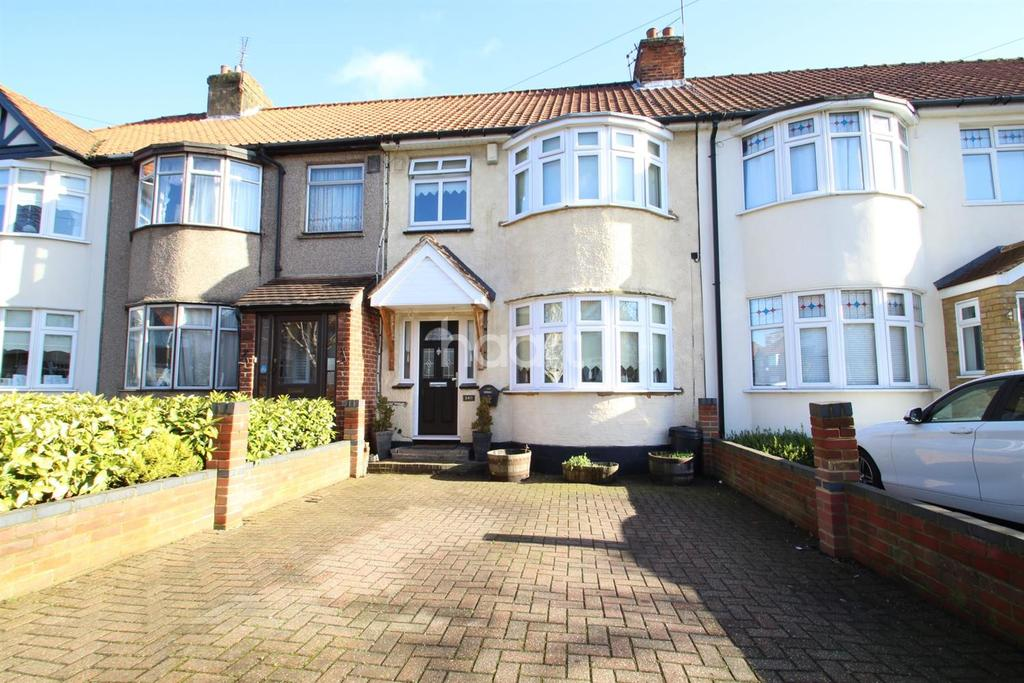 3 Bedrooms Terraced House for sale in Northumberland Avenue, Hornchurch