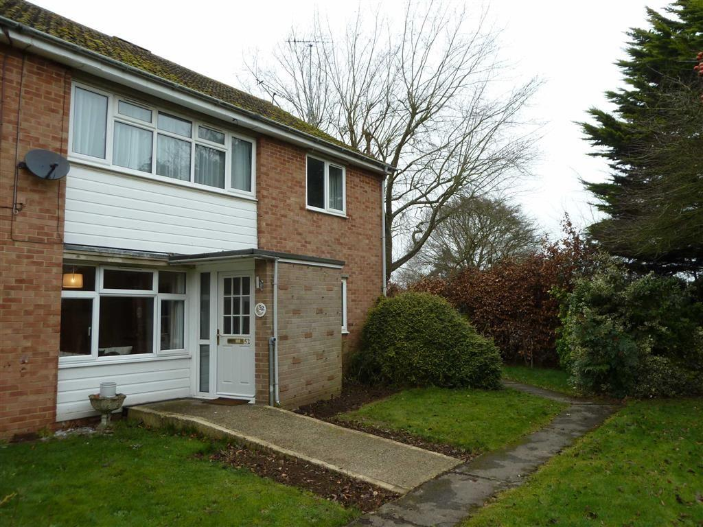 2 Bedrooms Flat for sale in Lea Road, Sonning Common, Sonning Common Reading
