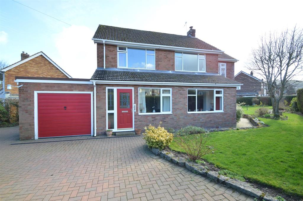 5 Bedrooms Detached House for sale in 1 Chartwell Close, Church Stretton, SY6 6ES