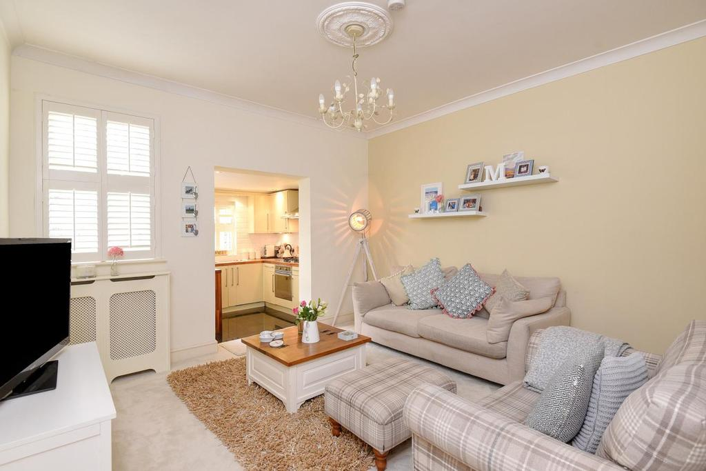 4 Bedrooms Terraced House for sale in Acacia Road, Beckenham, BR3