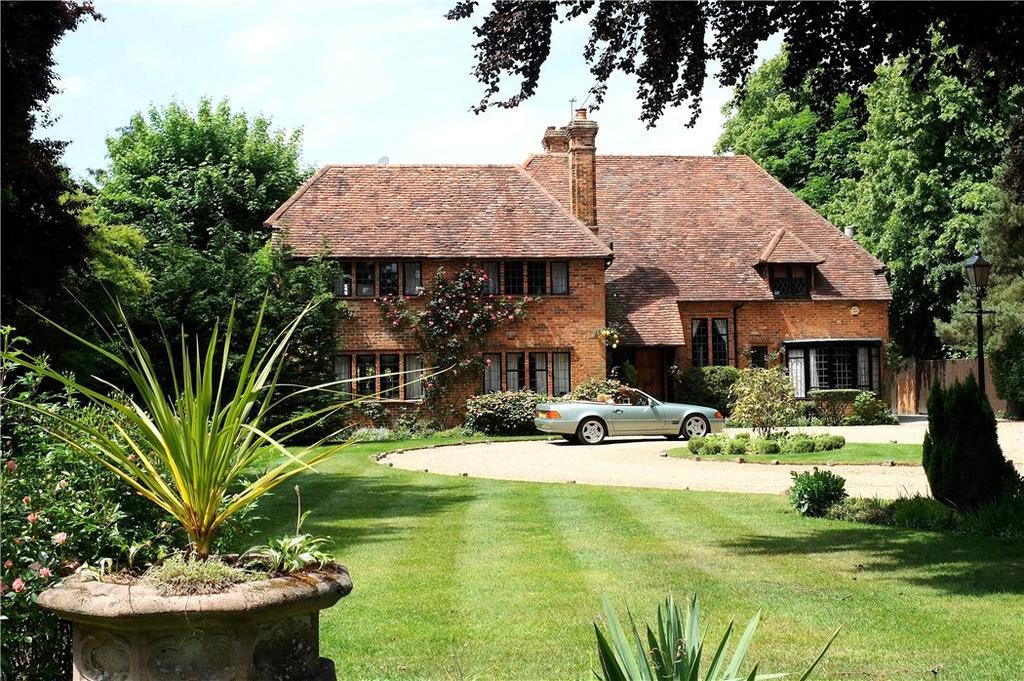5 Bedrooms Detached House for sale in Green Lane, Burnham, Buckinghamshire, SL1