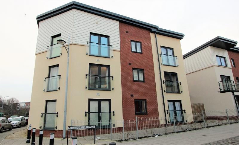 2 Bedrooms Flat for sale in Millennium Walk, Newport, Newport. NP19 0NW