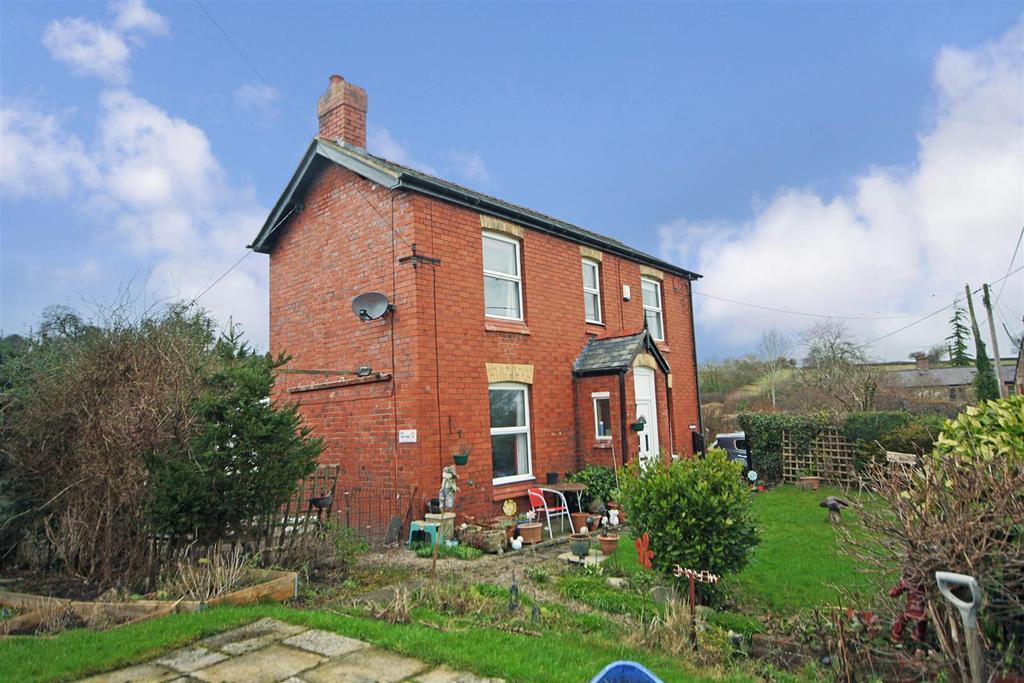 3 Bedrooms Detached House for sale in Chapel Lane, Trefonen, Oswestry