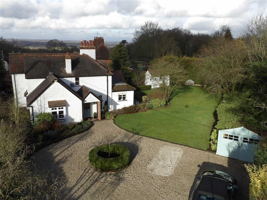 4 Bedrooms Detached House for sale in North Hill, Little Baddow Chelmsford, Essex