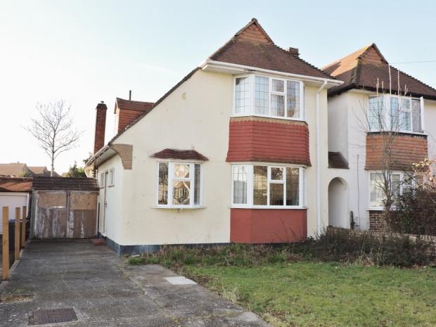 2 Bedrooms Detached House for sale in Aldridge Rise New Malden
