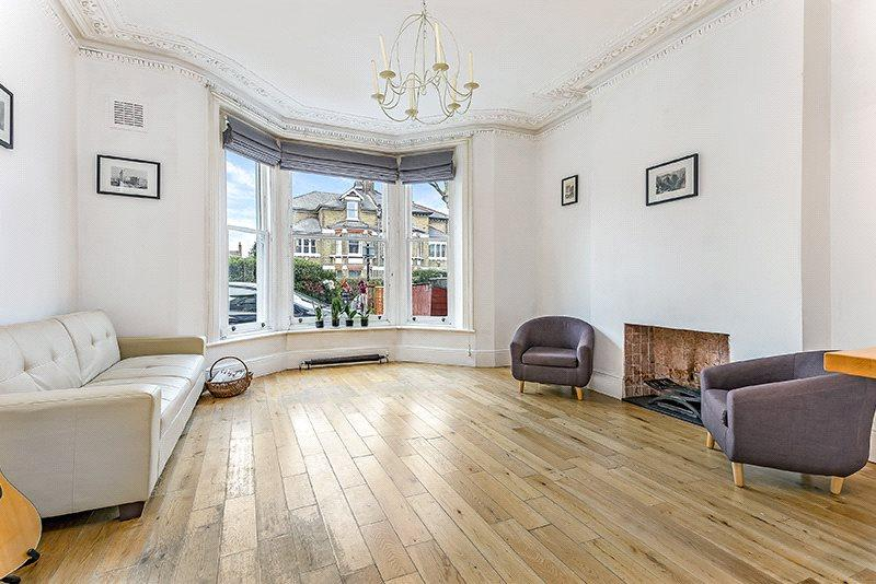 2 Bedrooms Flat for sale in Earlsfield Road, Wandsworth, London, SW18