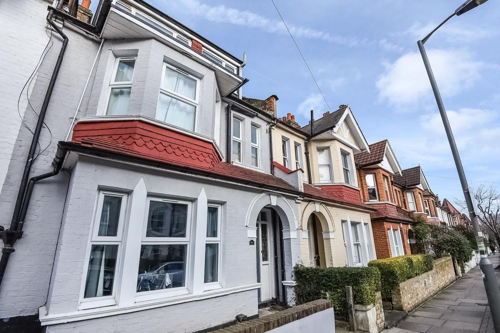 4 Bedrooms Terraced House for sale in Pirbright Road, Southfields, SW18