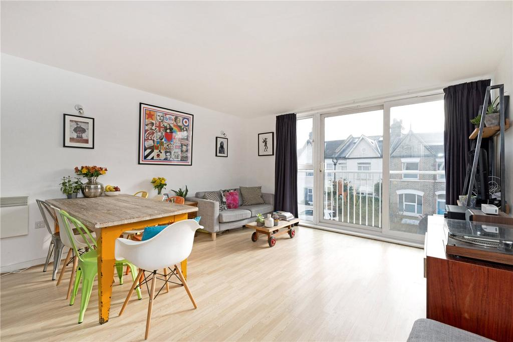 1 Bedroom Flat for sale in Borland Road, Nunhead, London, SE15