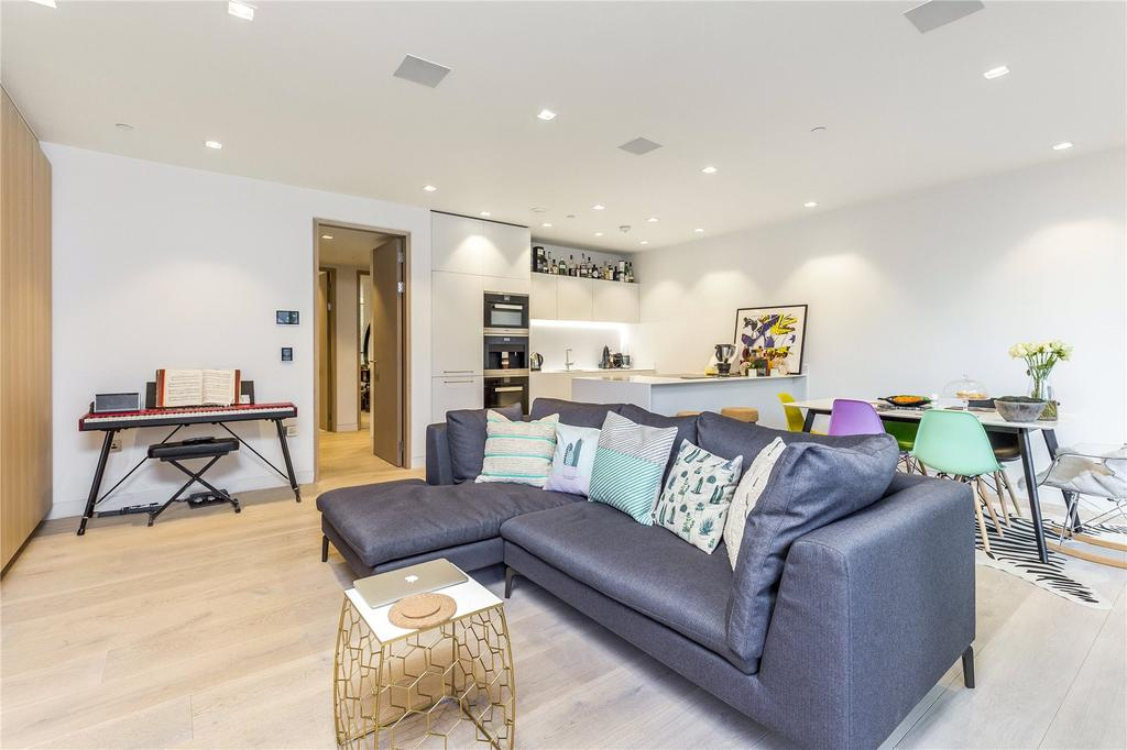 2 Bedrooms Flat for sale in Tudor House, Duchess Walk, One Tower Bridge, London