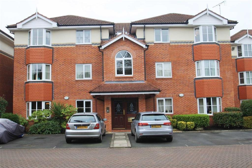2 Bedrooms Apartment Flat for sale in Chamberlain Drive, Wilmslow