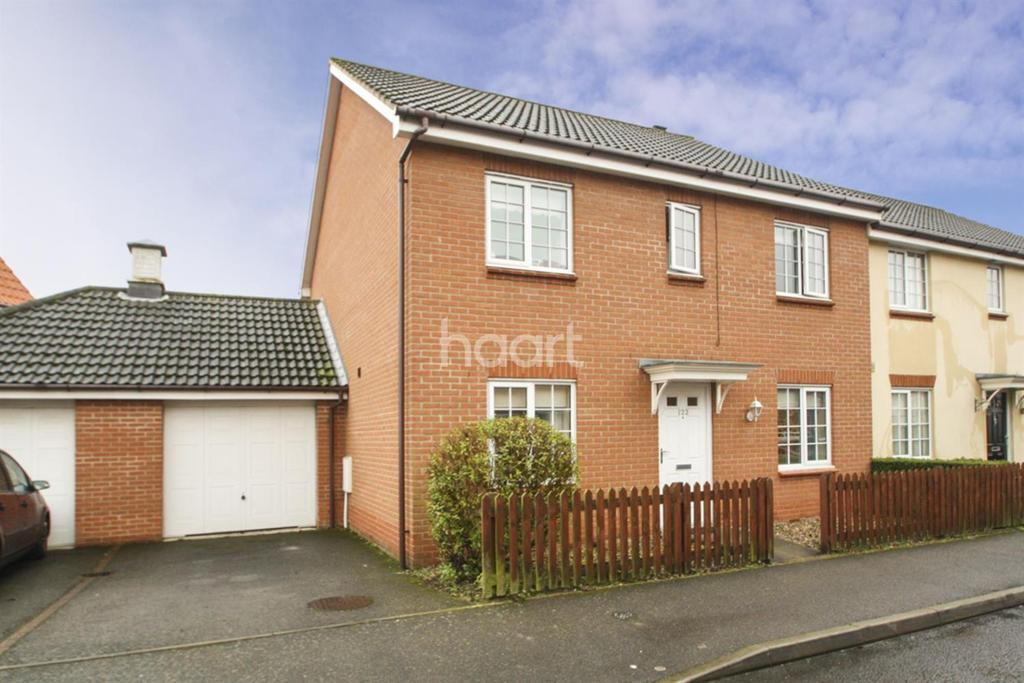 4 Bedrooms Semi Detached House for sale in Mallow Road, Thetford