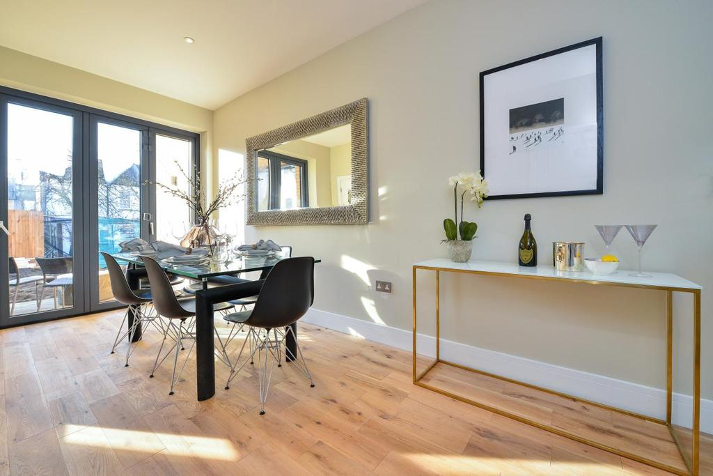 3 Bedrooms Terraced House for sale in Colbeck Mews, Catford, SE6