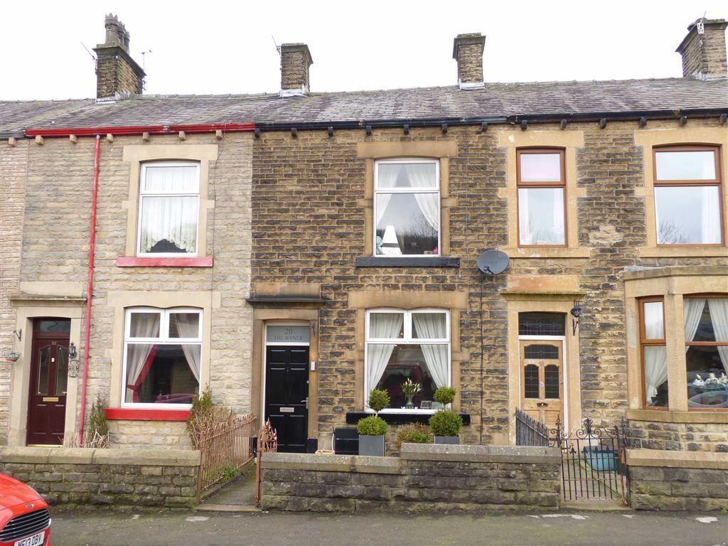 2 Bedrooms Terraced House for sale in The Avenue, Hadfield, Glossop