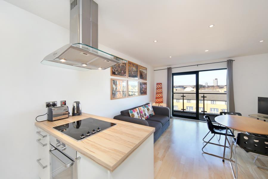 1 Bedroom Apartment Flat for sale in Lock House, Camden, NW1