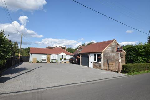 4 bedroom detached bungalow for sale - Kingswood