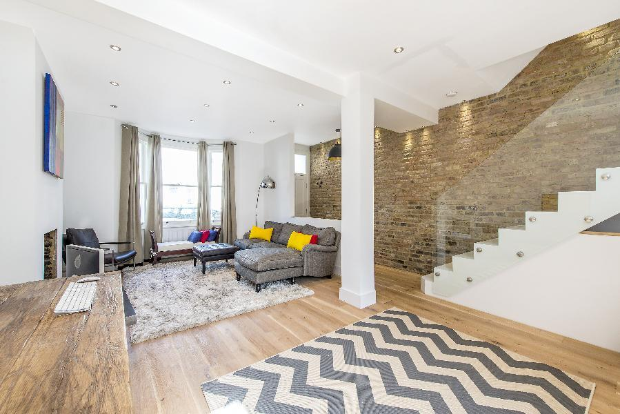4 Bedrooms House for sale in Rotherwood Road, West Putney