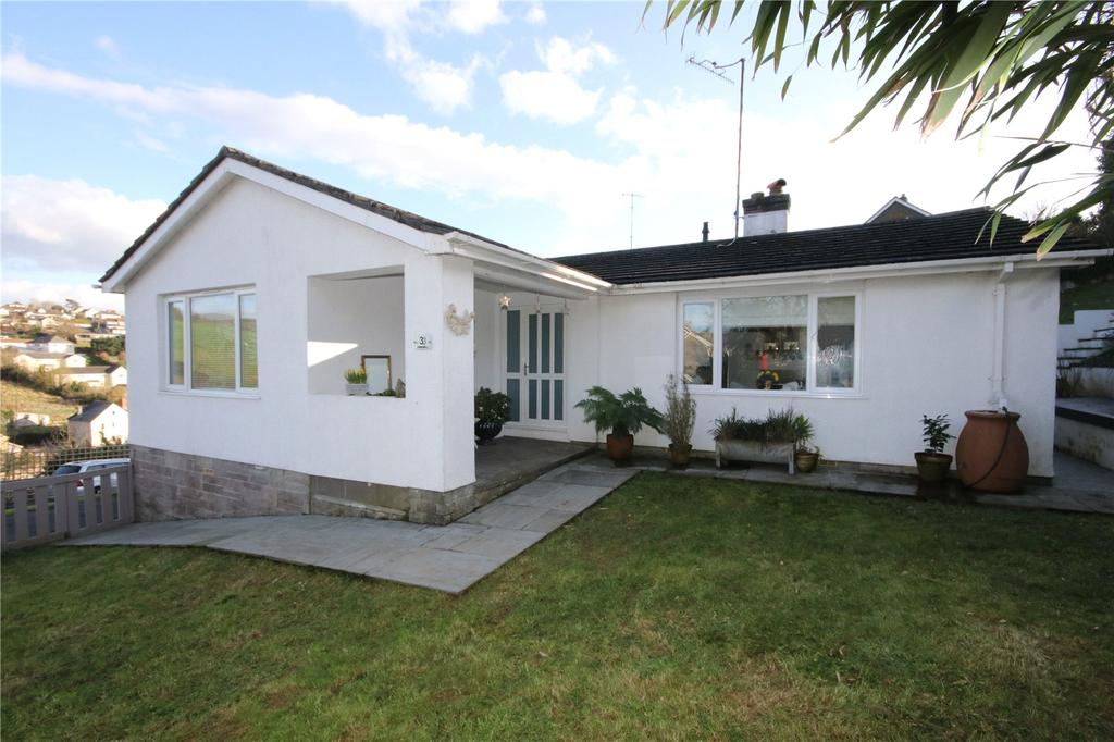4 Bedrooms Detached Bungalow for sale in Manor Park, Kingsbridge, Devon, TQ7