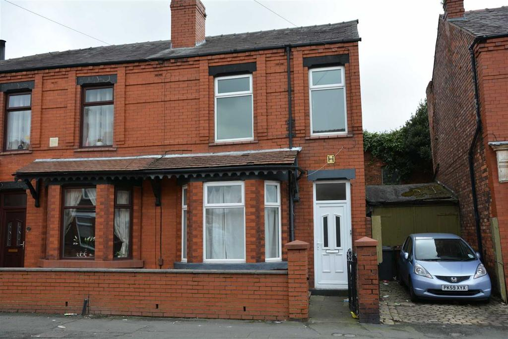 2 Bedrooms Flat for sale in Springfield Road, Springfield, Wigan, WN6