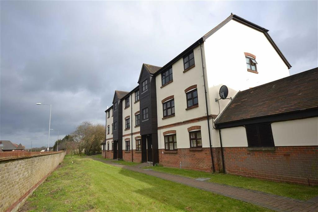 1 Bedroom Apartment Flat for sale in Culver Rise, South Woodham Ferrers, Essex
