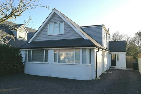 5 bedroom chalet for sale - Mill Hill Close, Whitecliff, Poole