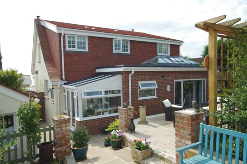 3 Bedrooms Detached House for sale in Woodland Avenue, Teignmouth