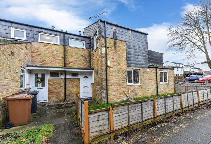 3 Bedrooms Terraced House for sale in Florence Court, Andover