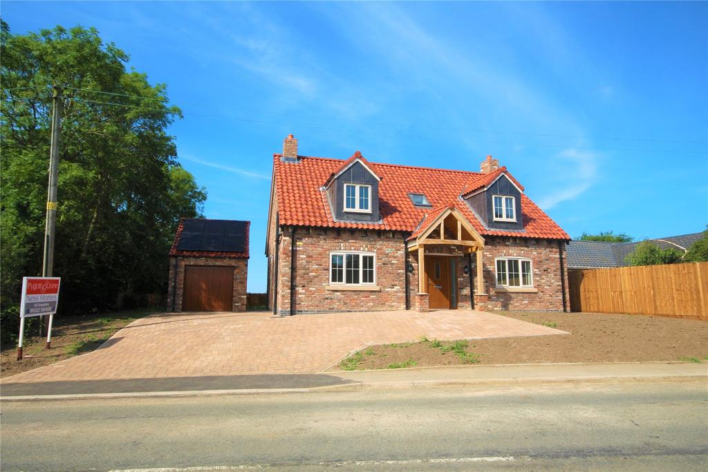 4 Bedrooms Detached House for sale in Main Street, Kirkby Green, LN4