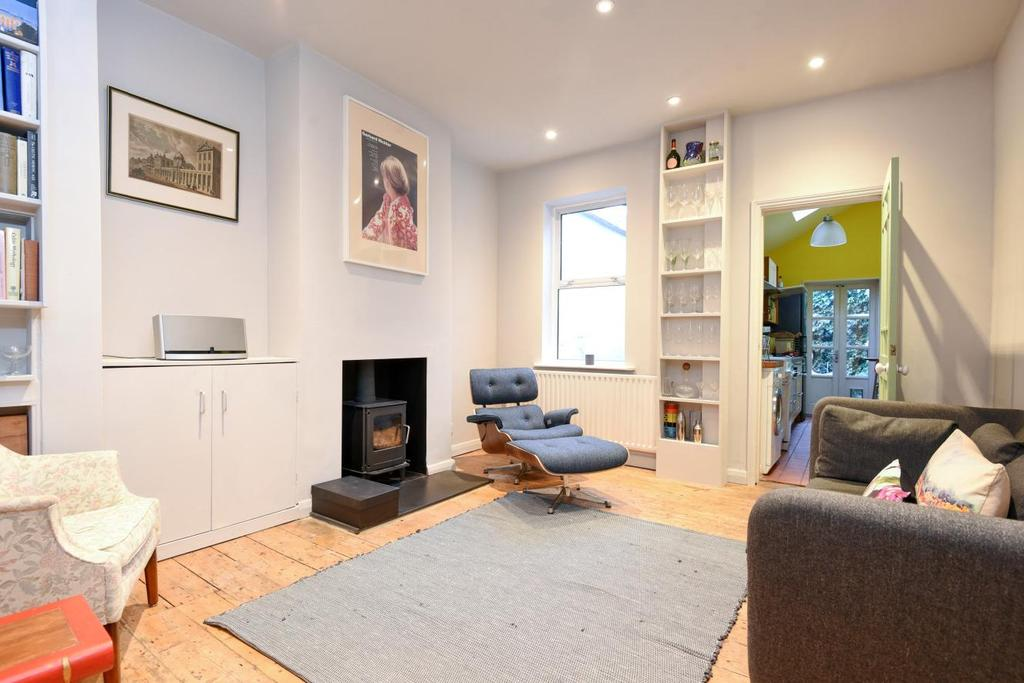 2 Bedrooms Terraced House for sale in Southampton Way, Peckham, SE5