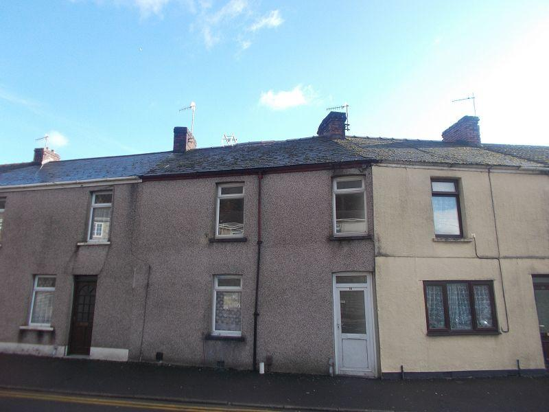 3 Bedrooms Terraced House for rent in Shelone Road, Neath, Neath Port Talbot.