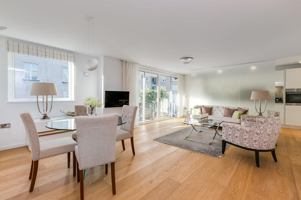 3 Bedrooms Flat for sale in Whaddon House, William Mews