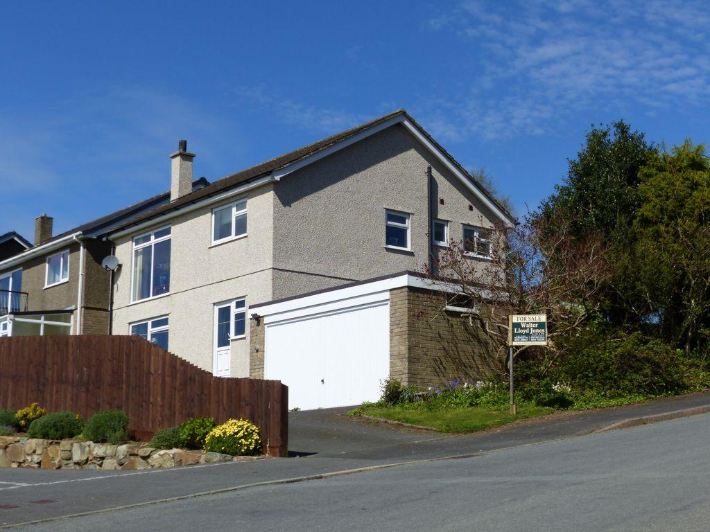 3 Bedrooms House for sale in 63 Ffordd Pentre Mynach, Llanaber Road, Barmouth, LL42