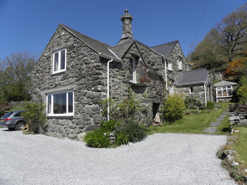 4 Bedrooms House for sale in Gell Fachreth, Llanfachreth, LL40