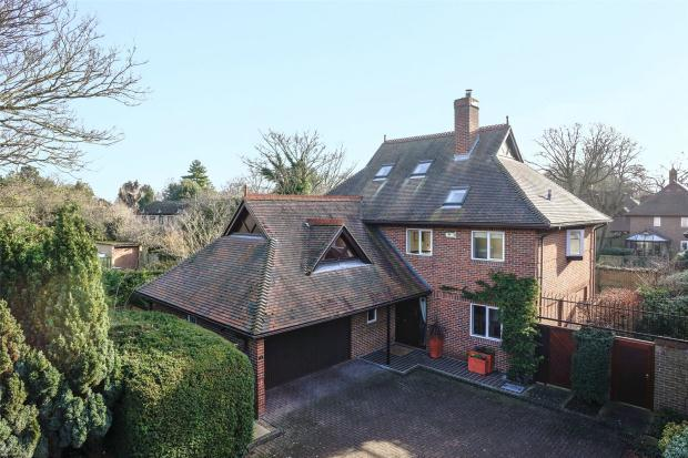 5 Bedrooms Detached House for sale in Lynfield Lane, Chesterton, Cambridge