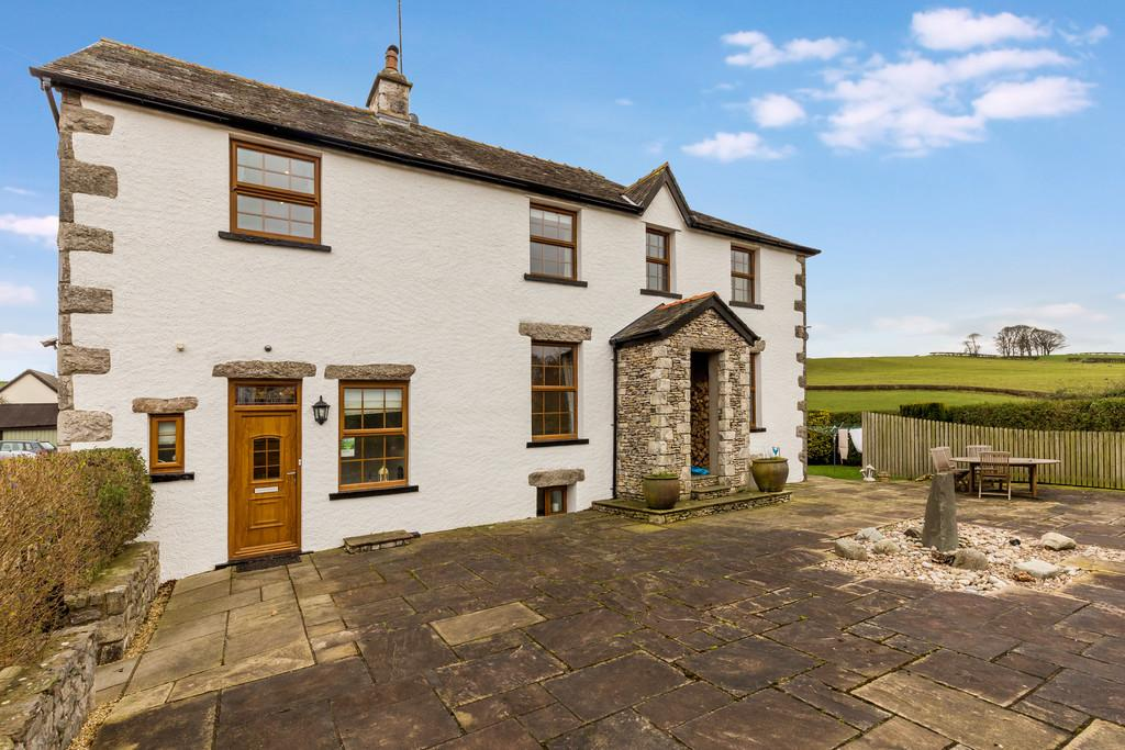 4 Bedrooms Semi Detached House for sale in Miln Hall, 51 Beetham Road, Milnthorpe, Cumbria, LA7 7QW
